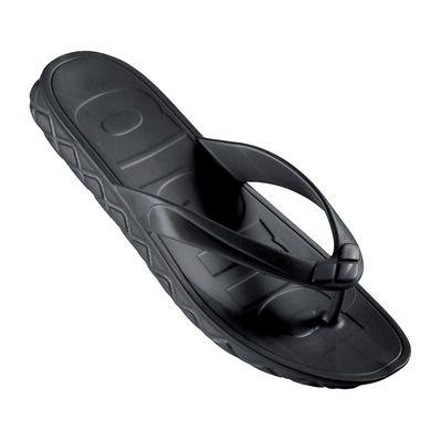 https://static2.privatesportshop.com/1292073-8446371-thickbox/arena-watergrip-flip-flops-women-s-black.jpg