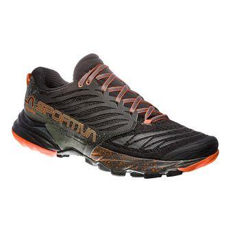 La Sportiva AKASHA - Chaussures trail Homme black/tangerine