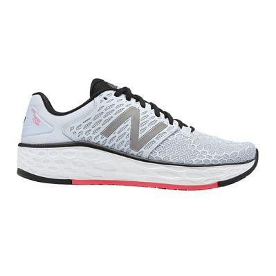 https://static.privatesportshop.com/1562327-4992411-thickbox/new-balance-vongo-v3-chaussures-running-femme-light-blue.jpg