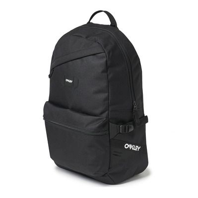 https://static2.privatesportshop.com/1598030-5896200-thickbox/oakley-street-20l-backpack-blackout.jpg