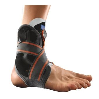 Stabilising ankle brace with Boa® tightening system
