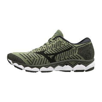 Mizuno WAVEKNIT S1 - Zapatillas de running hombre olivine/black/met shadow