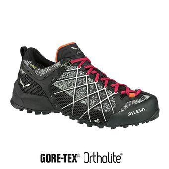 Salewa WILDFIRE GTX - Zapatillas de aproximación mujer black/white