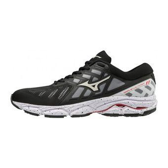 Mizuno WAVE ULTIMA 11 - Chaussures running Homme black/white/tomato
