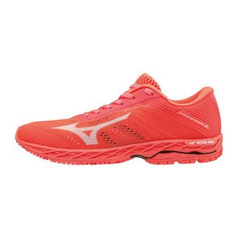 Mizuno WAVE SHADOW 3 - Chaussures running Femme fierycoral/wht/fierycora