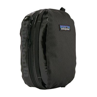 https://static.privatesportshop.com/2307942-7152248-thickbox/patagonia-hole-cube-3l-toiletry-bag-black.jpg