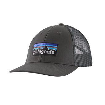 P-6 Logo LoPro Trucker Hat Unisexe Forge Grey
